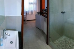 a-Spacious-shower-washbasin-and-toilet-room-8